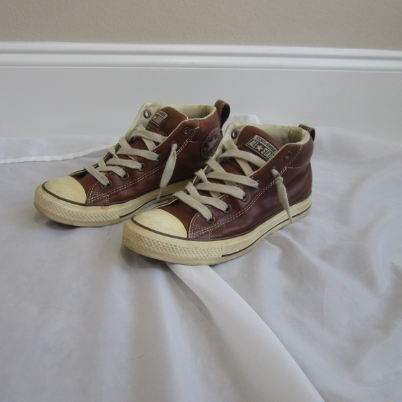 Converse 7 Chuck Taylor Leather High Tops